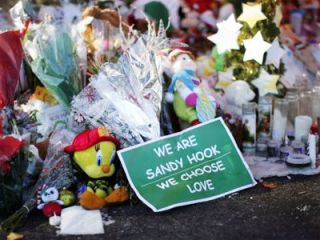 makeshift-memorial-outside-sandy-hook-school